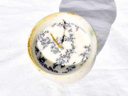 Bougie artisanale pot en grès blanc crème