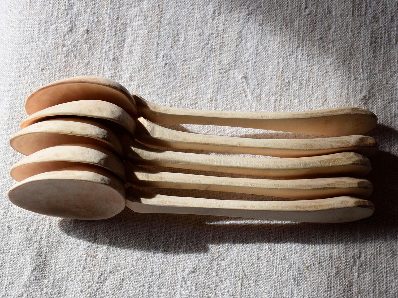 Cuillères artisanales en bois