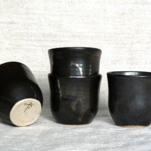 Petite tasseen grès gris anthracite