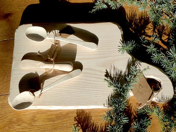 planche cuillère couteau bois massif