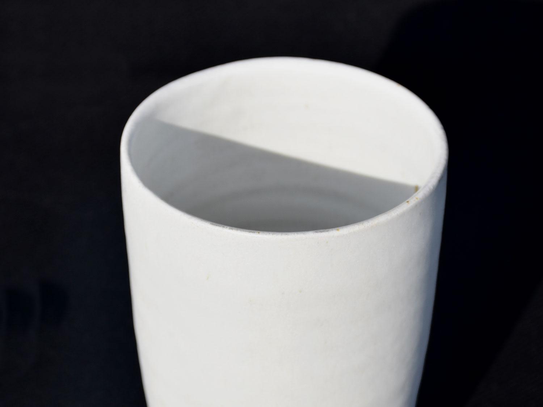 Gobelet blanc en grès